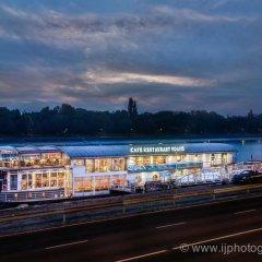Апартаменты Vogue Boat Apartments Будапешт приотельная территория фото 2