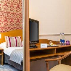 Отель Hôtel Vacances Bleues Le Royal Франция, Ницца - 4 отзыва об отеле, цены и фото номеров - забронировать отель Hôtel Vacances Bleues Le Royal онлайн удобства в номере