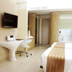 The Pattaya Discovery Beach Hotel Pattaya 4* Улучшенный номер с двуспальной кроватью фото 18