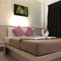 Phuthara Hostel Номер Делюкс с различными типами кроватей фото 3