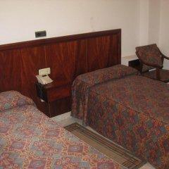 Отель Hostal Linar Стандартный номер с различными типами кроватей