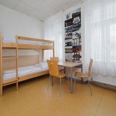 Hostel Florenc Кровать в общем номере с двухъярусной кроватью фото 4