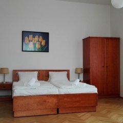 Hotel Jana / Pension Domov Mladeze Люкс с различными типами кроватей фото 5