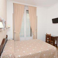 Отель Hostal Biarritz Испания, Мадрид - отзывы, цены и фото номеров - забронировать отель Hostal Biarritz онлайн удобства в номере фото 2