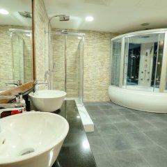 One to One Clover Hotel & Suites 3* Люкс с различными типами кроватей фото 2