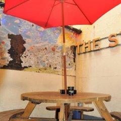 Отель Baggies Backpackers Великобритания, Брайтон - отзывы, цены и фото номеров - забронировать отель Baggies Backpackers онлайн питание