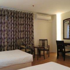 Century Plaza Hotel 2* Улучшенный номер с различными типами кроватей фото 9