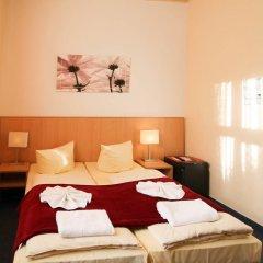 Отель Hotelpension Margrit 2* Стандартный номер с двуспальной кроватью