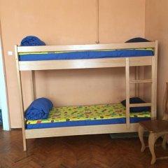 Play Hostel Кровать в общем номере фото 11
