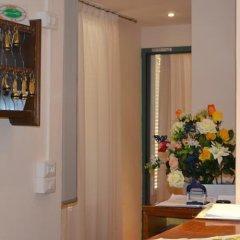 Отель Canada Италия, Венеция - 6 отзывов об отеле, цены и фото номеров - забронировать отель Canada онлайн интерьер отеля фото 2