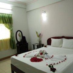 Hue Valentine Hotel 2* Стандартный номер с двуспальной кроватью