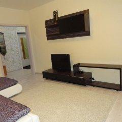 Апартаменты Apartment on Aviatorov 23 Красноярск комната для гостей фото 2