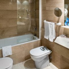 Отель Catalonia Barcelona Golf 3* Улучшенный номер с 2 отдельными кроватями фото 5