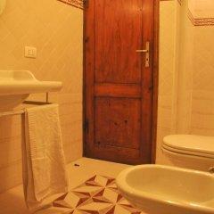 Отель B&B La Cantonella Италия, Монтеварчи - отзывы, цены и фото номеров - забронировать отель B&B La Cantonella онлайн ванная