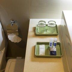 Отель Aspen Suites Бангкок ванная