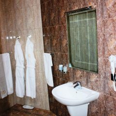 Отель Avan Plaza 3* Номер Делюкс разные типы кроватей фото 16