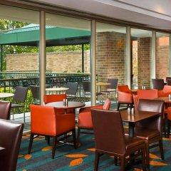 Отель Residence Inn Bethesda Downtown США, Бетесда - отзывы, цены и фото номеров - забронировать отель Residence Inn Bethesda Downtown онлайн гостиничный бар