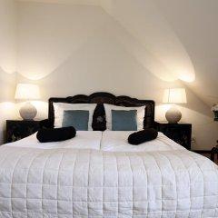 Hotel Zhong Hua комната для гостей