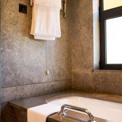 Отель Choupana Hills Resort & Spa Португалия, Фуншал - отзывы, цены и фото номеров - забронировать отель Choupana Hills Resort & Spa онлайн ванная фото 2