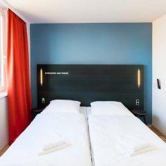 Отель A&O Prague Rhea 3* Стандартный номер с различными типами кроватей фото 3