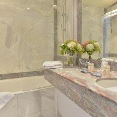 Отель Suites Unic Renoir Saint-Germain Франция, Париж - отзывы, цены и фото номеров - забронировать отель Suites Unic Renoir Saint-Germain онлайн ванная фото 2