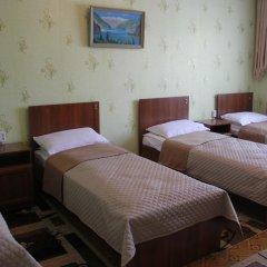 Hostel Inn Osh Стандартный номер с различными типами кроватей фото 6
