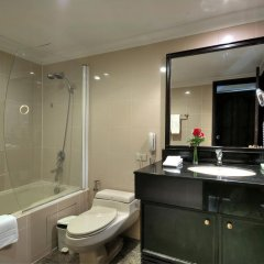 Отель Grand President Bangkok ванная