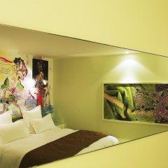 Отель Hôtel du Petit Moulin 4* Номер Делюкс с различными типами кроватей фото 11