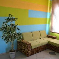 Гостиница Hostel Zori в Новосибирске 3 отзыва об отеле, цены и фото номеров - забронировать гостиницу Hostel Zori онлайн Новосибирск комната для гостей фото 2