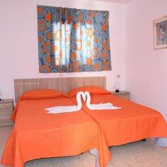 Отель Pensión Eva Стандартный номер с 2 отдельными кроватями (общая ванная комната) фото 10