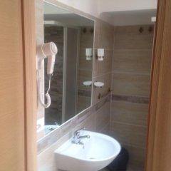 Отель Hola Roma Стандартный номер с различными типами кроватей фото 8