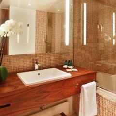 Отель JW Marriott Cannes 5* Улучшенный номер с различными типами кроватей фото 6