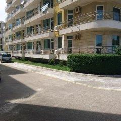 Отель Breeze Apartments Болгария, Солнечный берег - отзывы, цены и фото номеров - забронировать отель Breeze Apartments онлайн парковка