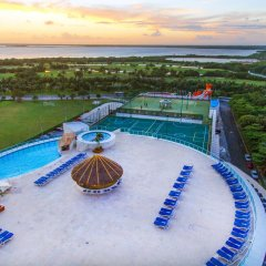 Отель Seadust Cancun Family Resort бассейн фото 4