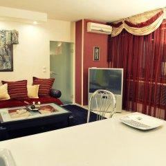 Апартаменты The Red Apartment комната для гостей фото 3