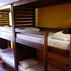 Naughty Squirrel Backpackers Hostel Кровать в общем номере фото 3