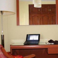 Отель Cuatro Caminos интерьер отеля