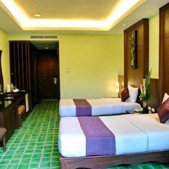 Отель Duangjitt Resort, Phuket 5* Улучшенный номер с 2 отдельными кроватями