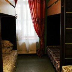 Happy Hostel Кровать в общем номере с двухъярусной кроватью фото 10