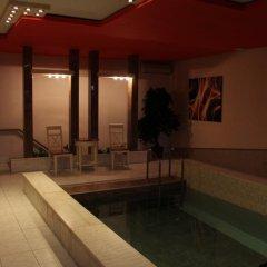 Отель No Problem Hotel at Glinka Street Армения, Ереван - отзывы, цены и фото номеров - забронировать отель No Problem Hotel at Glinka Street онлайн бассейн фото 2
