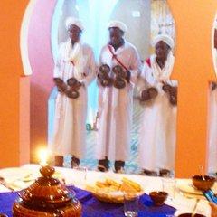 Отель Dar Mari Марокко, Мерзуга - отзывы, цены и фото номеров - забронировать отель Dar Mari онлайн помещение для мероприятий
