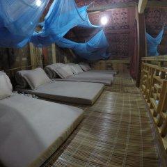 Отель Trek King Kong House Кровать в общем номере фото 3