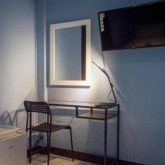 Отель The Mix Bangkok - Phrom Phong 3* Стандартный номер с различными типами кроватей фото 18