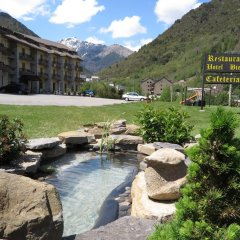 Отель Bielsa бассейн