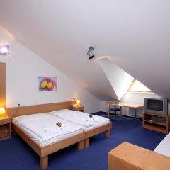 Отель Claris 3* Стандартный номер с различными типами кроватей фото 12