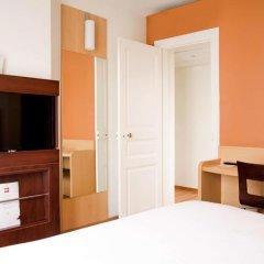 Отель Ibis Tour Montparnasse 15eme Париж удобства в номере