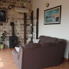 Отель Luxury Villas Lapcici Черногория, Будва - отзывы, цены и фото номеров - забронировать отель Luxury Villas Lapcici онлайн комната для гостей фото 2
