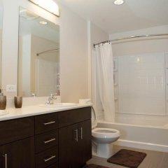 Отель Luxury Two Bedroom Near The Grove США, Лос-Анджелес - отзывы, цены и фото номеров - забронировать отель Luxury Two Bedroom Near The Grove онлайн ванная фото 2