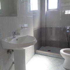 Отель Villa White Албания, Ксамил - отзывы, цены и фото номеров - забронировать отель Villa White онлайн ванная