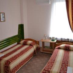 Мини-отель Привал Стандартный номер с 2 отдельными кроватями (общая ванная комната) фото 5
